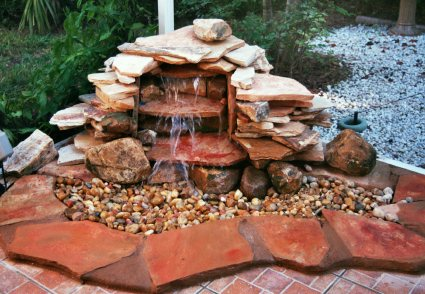 small patio water feature ideas small garden water features small back garden design water feature garden - Small Patio Water Feature Ideas